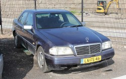 Mercedes-Benz C180 E2