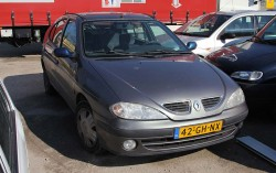 Renault 42-GH-NX