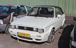Volkswagen-Golf Cabrio